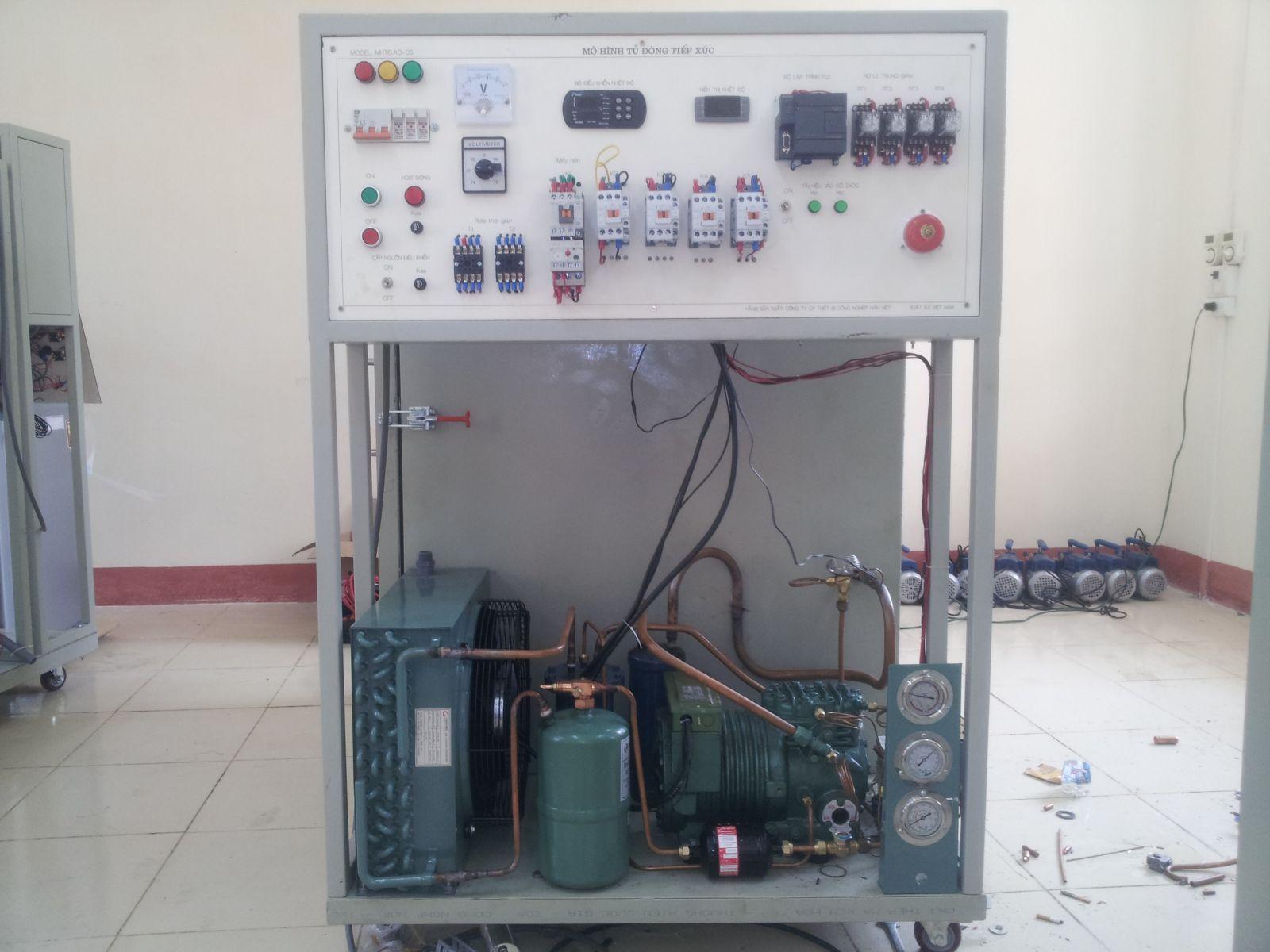 Mô hình tủ đông tiếp xúc